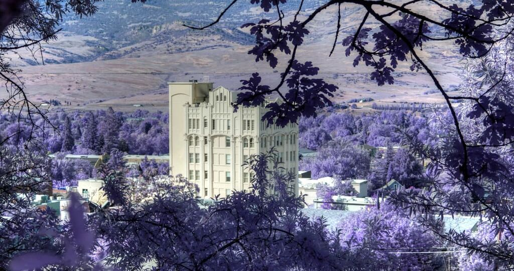 Best things to see, eat and do in Downtown Ashland Oregon
